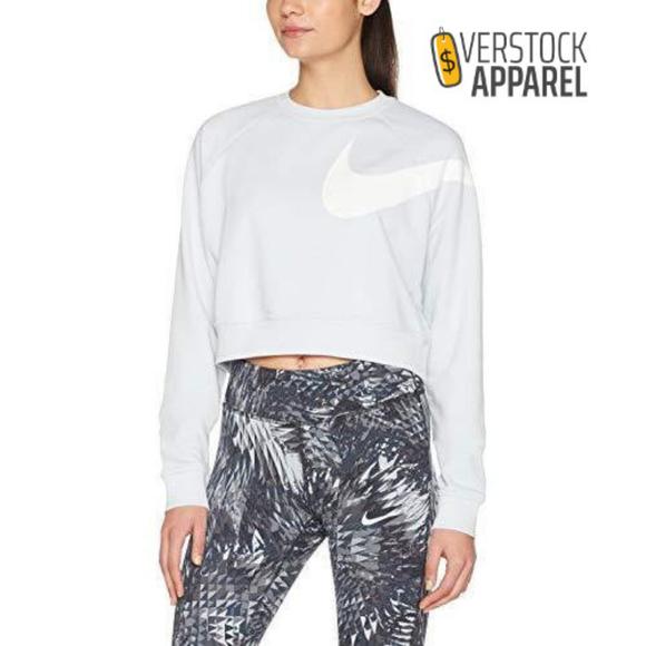 41ecdb887ba5 Nike Womens Dry Top Versa Sweatshirt